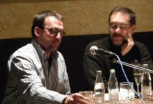 """Con el compositor Carles Cases durante el coloquio sobre """"Música al cinema de terror"""" en las 12 hores de cinema de Terror de Molins de Rei (Barcelona) (2007)"""