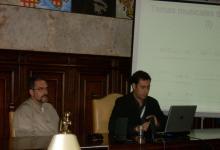 Con el compositor y profesor de composición audiovisual del Real Conservatorio de Madrid, Alejandro Román, durante su intervención en el V Simposio La creación musical en la banda sonora (Salamanca, 2010)